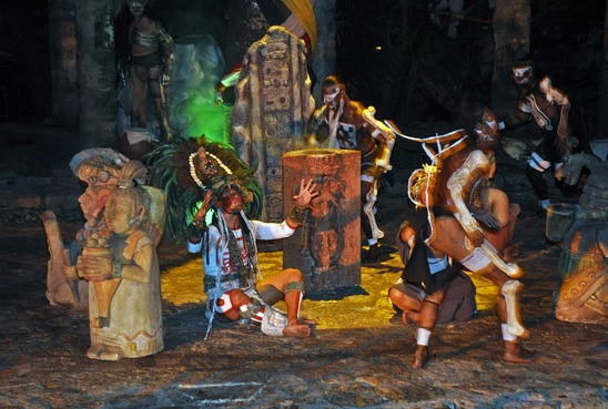 Resultado de imagen para Festival Tradiciones de Vida y Muerte en Riviera Maya